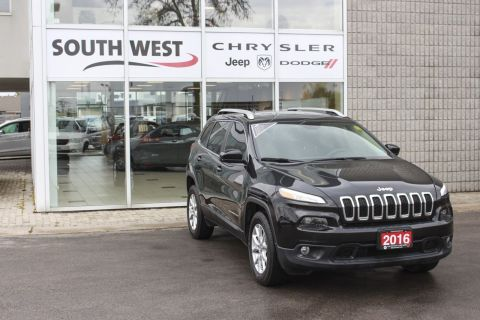 Pre-Owned 2016 Jeep Cherokee 4WD|Cruise Control|Bluetooth Connection|Power Mirrors 4WD