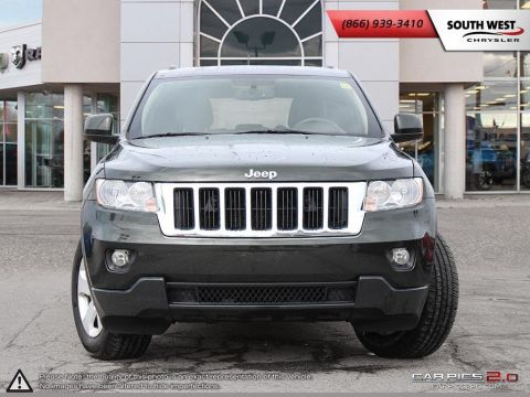 Pre-Owned 2011 Jeep Grand Cherokee | Laredo | Leather | 6.5 Screen w/ GPS | Parkview With Navigation & 4WD