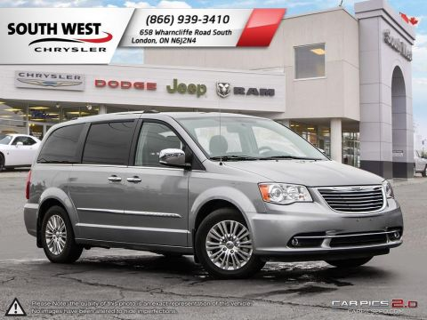 Pre-Owned 2015 Chrysler Town & Country | Limited | GPS | Heated Seats & Wheel With Navigation
